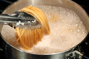 cooking pasta boiling water