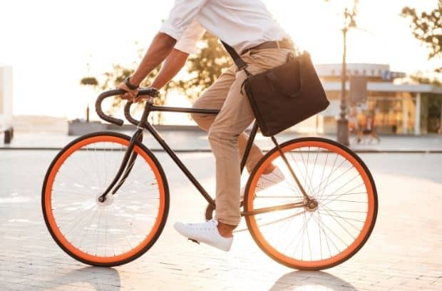 Ways To Refresh a Boring Work Commute